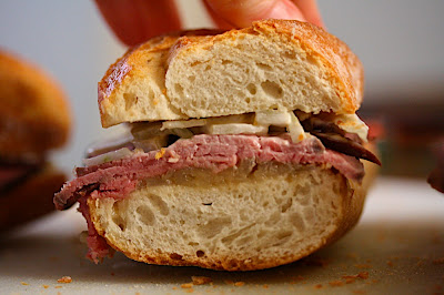 Roast Beef Baguettes with Cider Onion Jam and Fennel ...