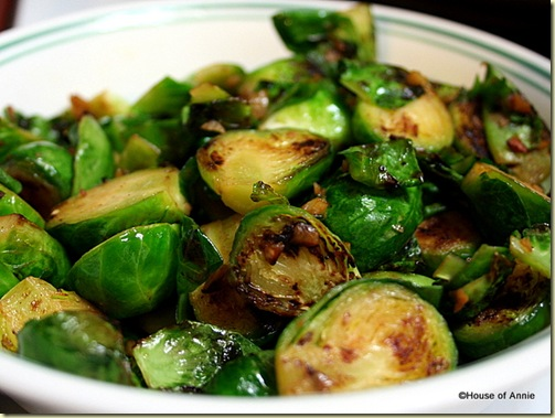 Brussels Sprouts Sauted with Garlic