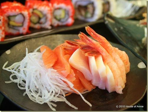 salmon and amaebi sashimi hibiki restaurant singapore