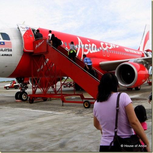 boarding air asia flight