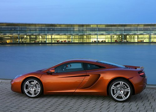 Supercar McLaren MP4-12C