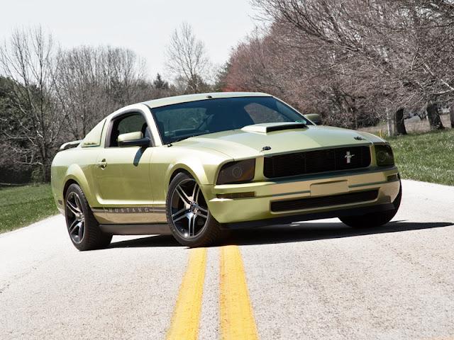 Ford Mustang V6 2005
