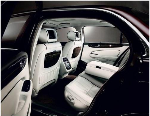 Luxury Daimler