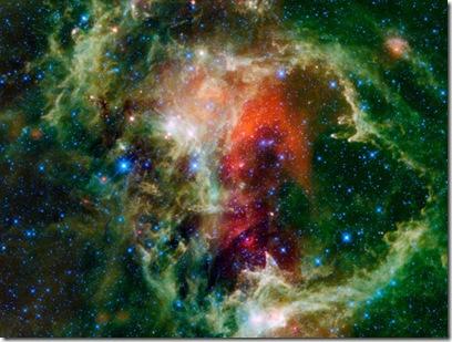 Mosaico da nebulosa Alama feita pela WISE (Foto: AFP PHOTO/HO/NASA/JPL-CALTECH/UCLA)