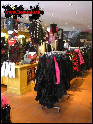 goth boutique, dominia, goth store, netherlands store, punk boutique, dominia shop