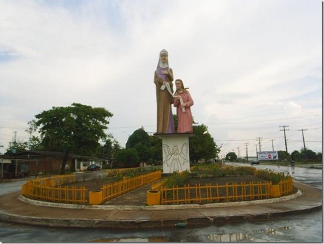 Monumento em Homenagem à Santa Ana