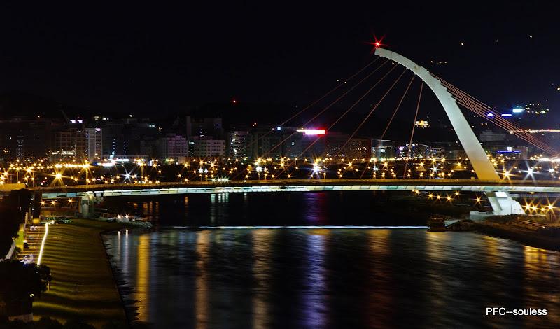 大直夜橋?(一張)