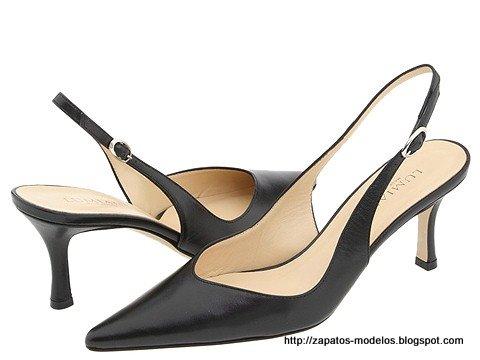 Zapatos modelos:Q133-809078