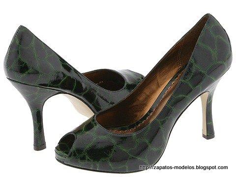 Zapatos modelos:KB810074