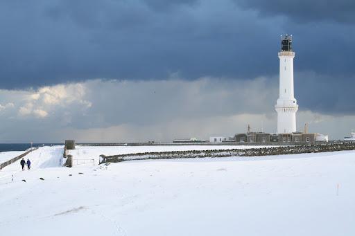 http://lh3.ggpht.com/_MFb1BpvGfVQ/Ro_4fkIRcyI/AAAAAAAAAqw/P-pK-N-rMjo/Aberdeen+Snow+March06+12.JPG