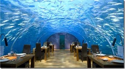 モルジブの海中レストラン