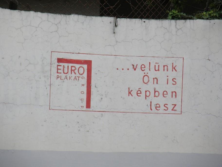 Euro plakát, bringás óriásplakát,  Budapest,  blog, vandalizmus,  street art