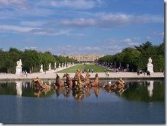 2010.08.20-031 du bassin d'Apollon au château