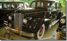 2001.06.09-146.19 Cadillac V16