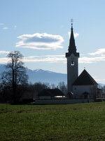 Cerkev Sv. Križa v Srednji Dobravi