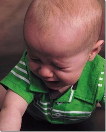 Jonathan crying 9mth