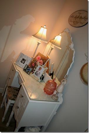 Guest Room, Lil Cowboy 012