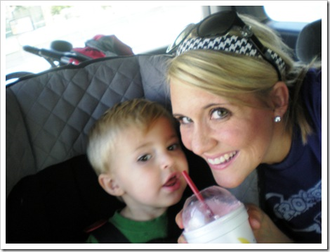 Carnic, VBS, Mommy Hugs 001