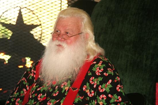 Slickpaw's Santa Pics 2010 178