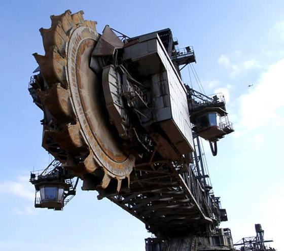 World Biggest Digging Machine by Krupp 05