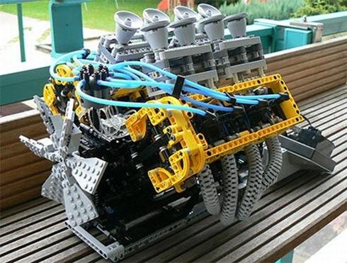 lego_v8_engine