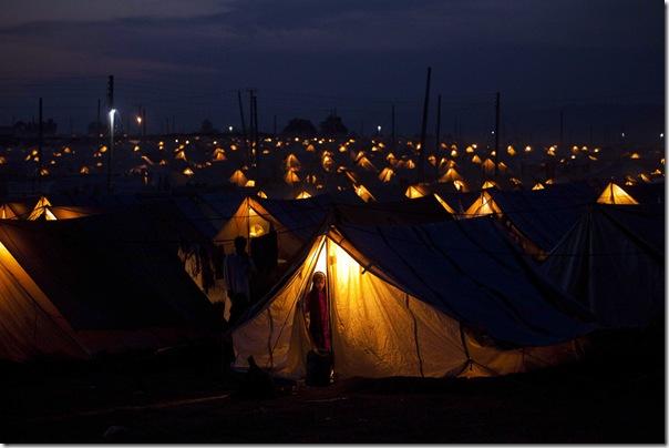 EMILIO MORENATTI AP.-Refugiados-afganos-1