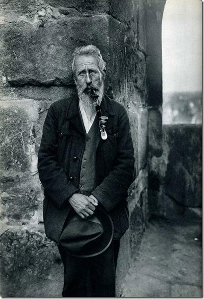 August Sander  - campesino