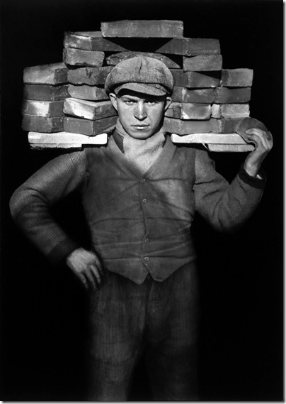 August Sander  - The Bricklayer, 1928