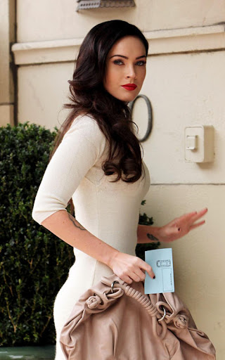A glammed-up Megan Fox arrives
