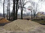 Basketbola grozs
