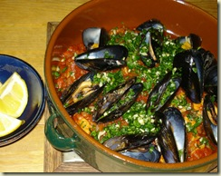 mussels   tomato sauce_1_1