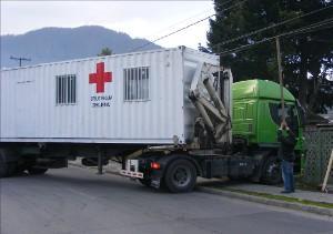 El camión con el container ingresa al patio de la Filial Chiguayante