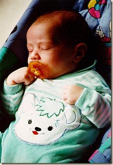 Adrián bebé dormido