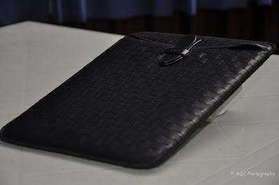 http://lh3.ggpht.com/_NF8OFqTYRKM/TQOXCpY9c_I/AAAAAAAAAfU/HiQb4kGHduY/s720/opt-philippines-apple-ipad-case-accessories027.jpg