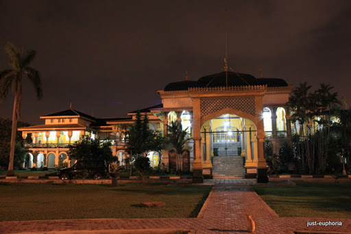 Istana Maimun Maimoon Palace