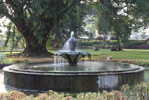 fountain at bogor botanical garden