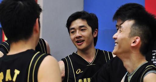 SAMURAI win frst two games in SBL 2010