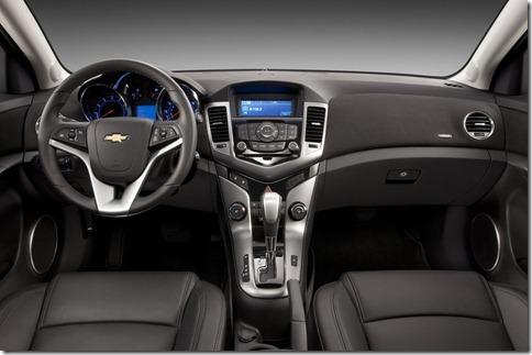 Chevrolet-Cruze_2011_800x600_wallpaper_6e