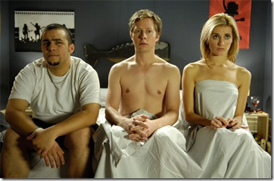 young-people-fucking-threesome-smoking1