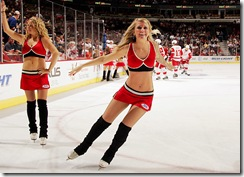chicago_blackhawks_ice_crew-07