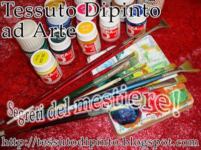 strumenti di lavoro per dipingere sul tessuto