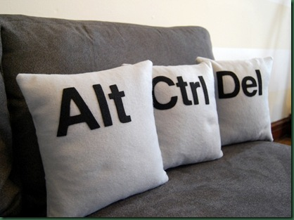 ctrlaltdelpillows