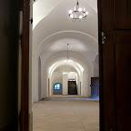 Pohled na přízemí ze zámecké kaple - otevírání sezóny 2011 - duben 2011