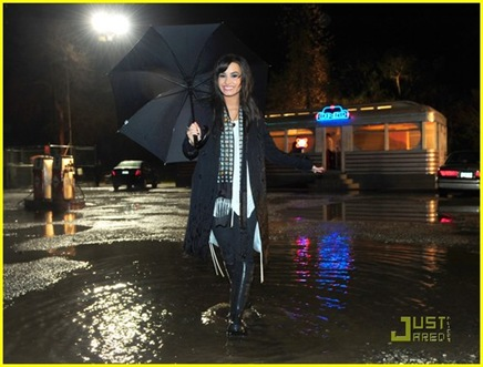 demi-lovato-dont-forget-video-15