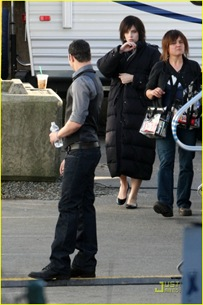new-moon-cast-on-set-06