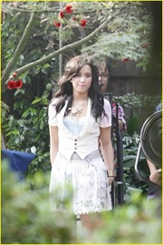 demi-lovato-again-video-shoot-17