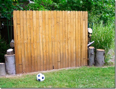 Raise them up diy soccer goalkicking practice wall do it yourself soccer wall solutioingenieria
