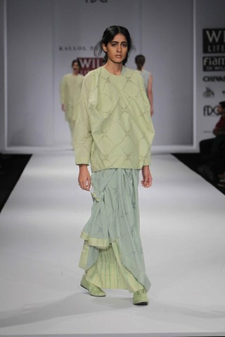 [WIFW SS 2011 collection bby Kallol Datta 1955 12[5].jpg]