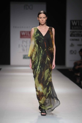 [WIFW SS 2011 collection by Prashant Verma (10)[5].jpg]