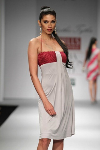 [WIFW SS 2011 collection by  Siddartha Tytler (3)[5].jpg]